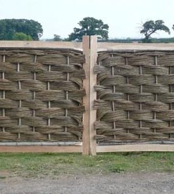 6ft x 6ft Oak Framed Willow Gate