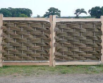 6ft x 6ft Oak Framed Willow Gate